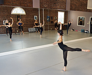 Stretching, Configurtion dance, buffalo, ny